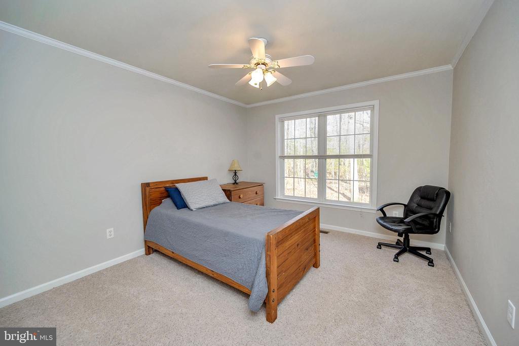 Large bedroom #3 - 104 CEDAR CT, LOCUST GROVE