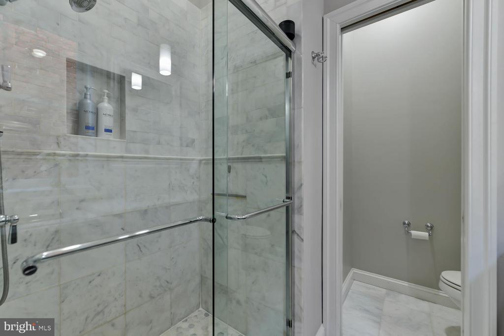 Master bath - 223 11TH ST SE, WASHINGTON