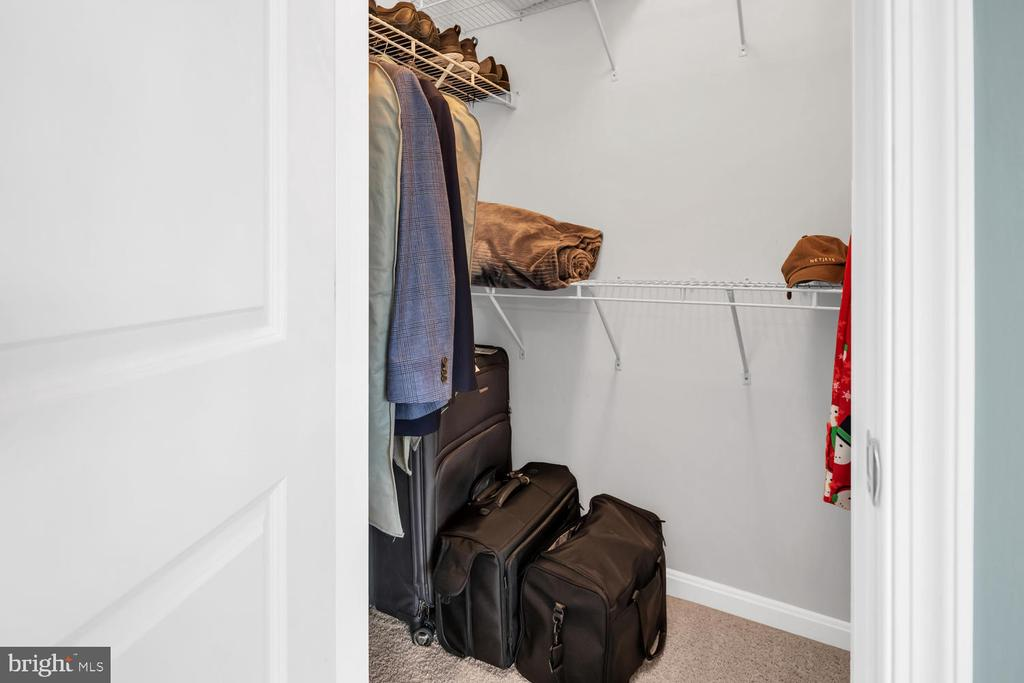 Another closet - lots of storage spaces - 42247 RIGGINS RIDGE TER, BRAMBLETON