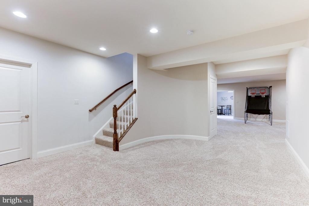 - 38261 VALLEY RIDGE PL, HAMILTON