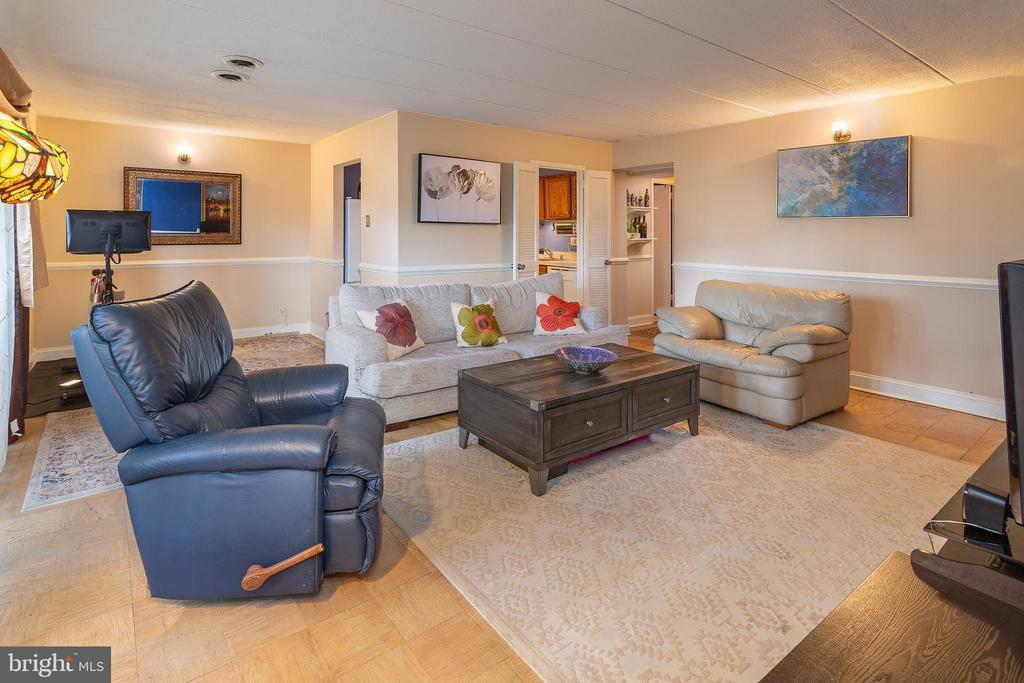 Living Room - 2636 FORT FARNSWORTH RD #125, ALEXANDRIA