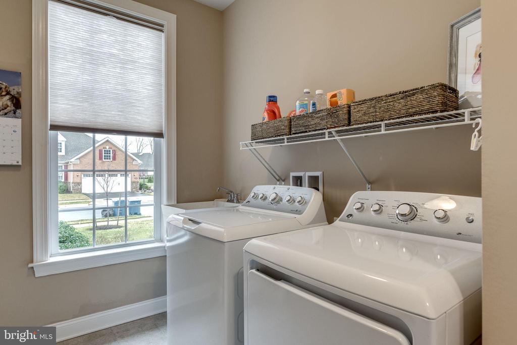 Laundry room - 44629 GRANITE RUN TER, ASHBURN