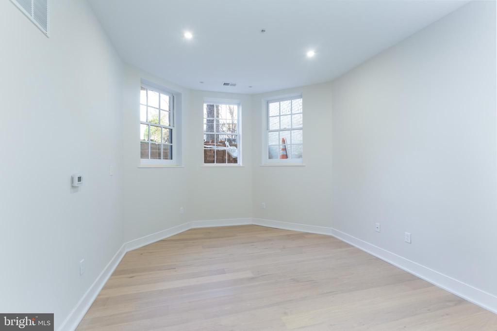 Unit B: Living Room - 3012 Q ST NW, WASHINGTON