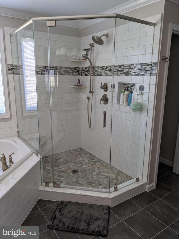 Master bathroom - 6624 RISING WAVES WAY, COLUMBIA