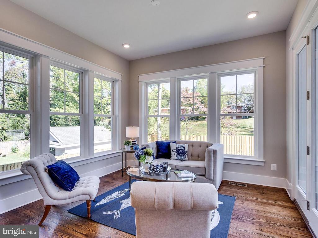 Picture of Similar Model, Virtually Staged - 1 CHARLES TOWN PIKE, HAMILTON