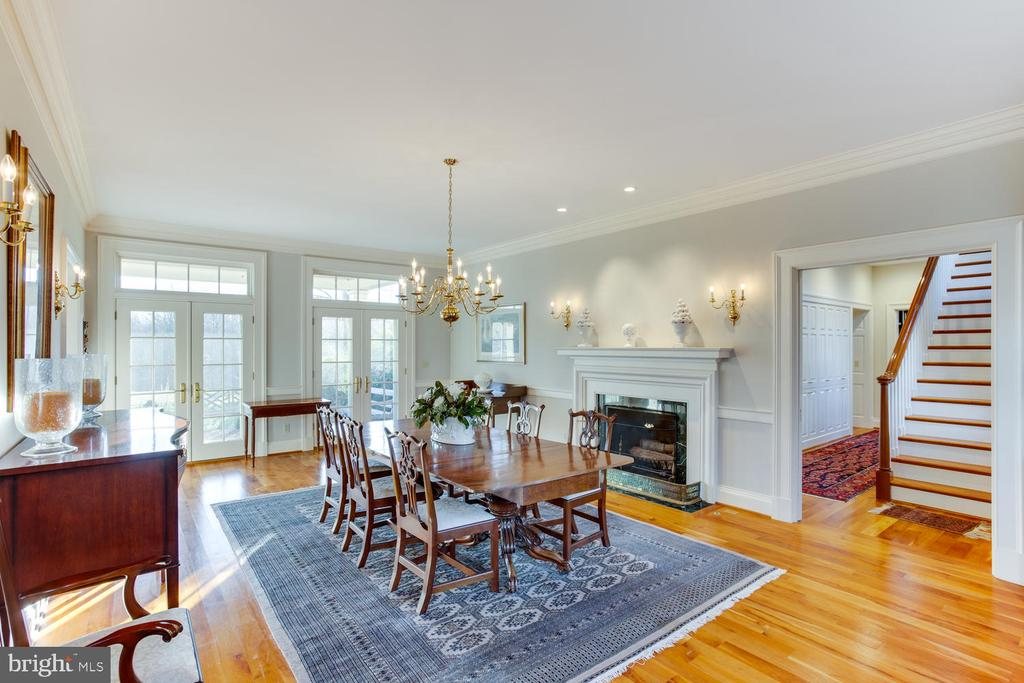 Formal dining room - 205 MILL SWAMP RD, EDGEWATER