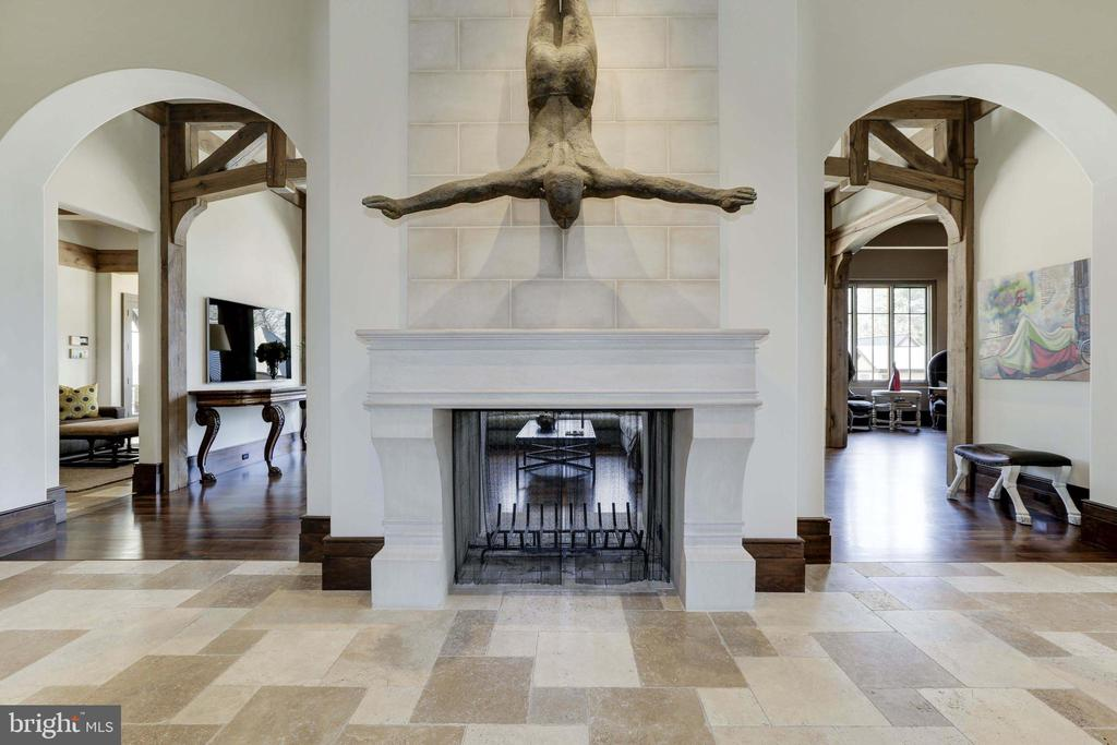 Foyer/ 2-Sided Fireplace - 9005 CONGRESSIONAL CT, POTOMAC
