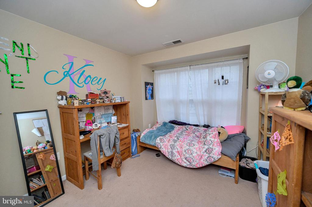 Bedroom 2 - 100 HOLMES ST, STAFFORD