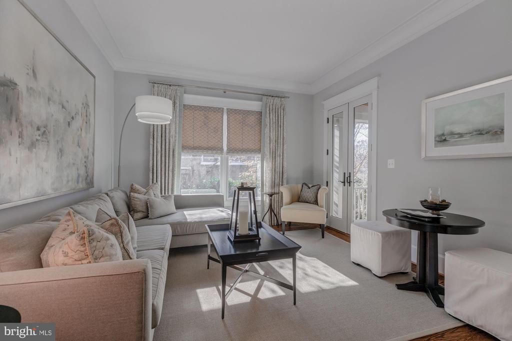 Living Room - 1233 INGLESIDE AVE, MCLEAN