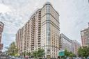 Located in the heart of Ballston! - 888 N QUINCY ST #1701, ARLINGTON