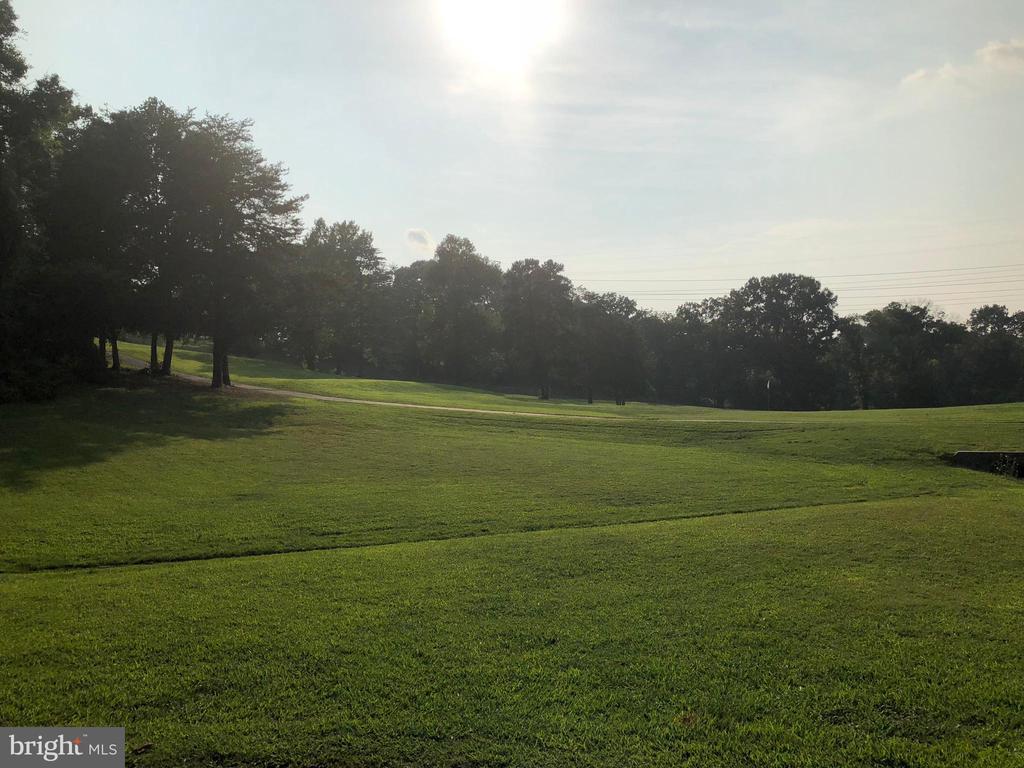 Golf course - 3220 TITANIC DR, STAFFORD
