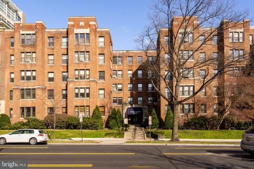 4007 CONNECTICUT AVE NW #109