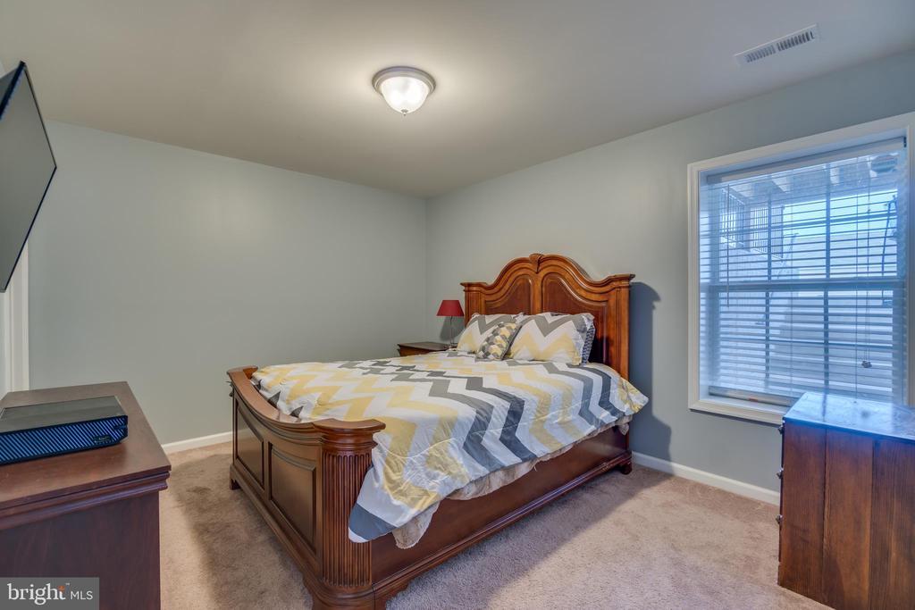 Bedroom 5 - 137 GARDENIA DR, STAFFORD