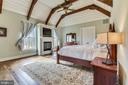 Stunning Main Level Master Bedroom w/Gas Fireplace - 15730 OLD WATERFORD RD, PAEONIAN SPRINGS
