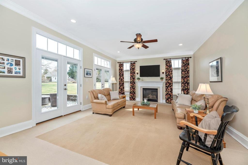 Family Room with Double French Doors - 5221 MUIRFIELD DR, IJAMSVILLE