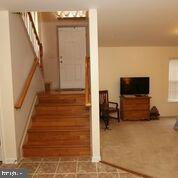 Lower level acts as guest space, BR & full bath - 20812 MIRANDA FALLS SQ, STERLING