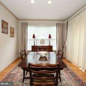 A large dining table fits very well - 20812 MIRANDA FALLS SQ, STERLING