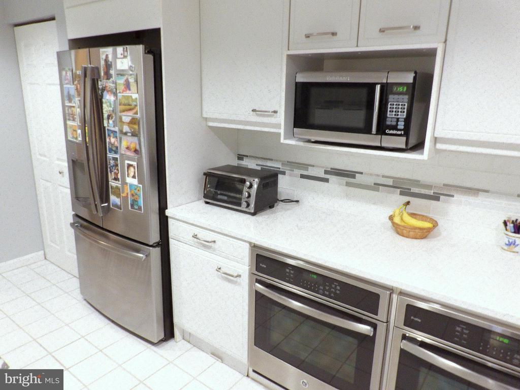 New Appliances - 3801 CANTERBURY RD #514, BALTIMORE