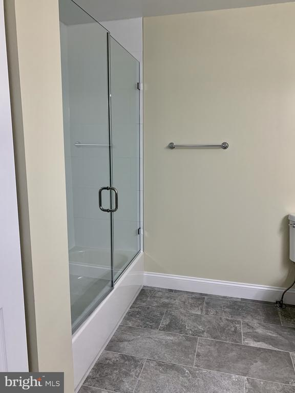 master bath - 7010 ORIOLE AVE, SPRINGFIELD