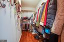 Master closet - 121 LONGVIEW DR, STAFFORD