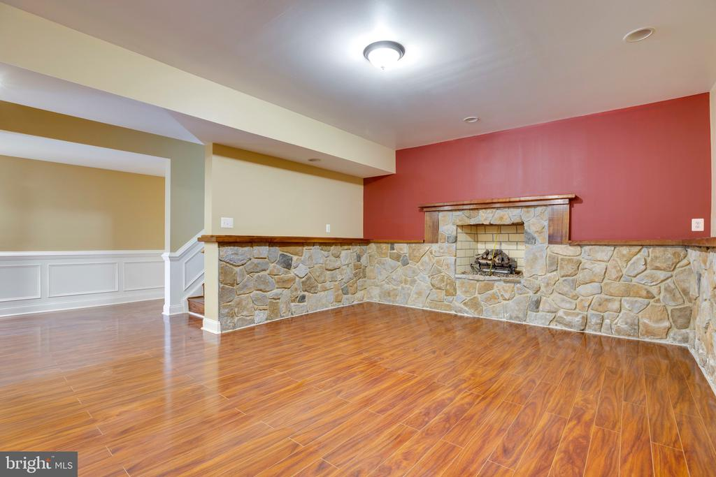 Lower level - 7355 CLIFTON RD, CLIFTON
