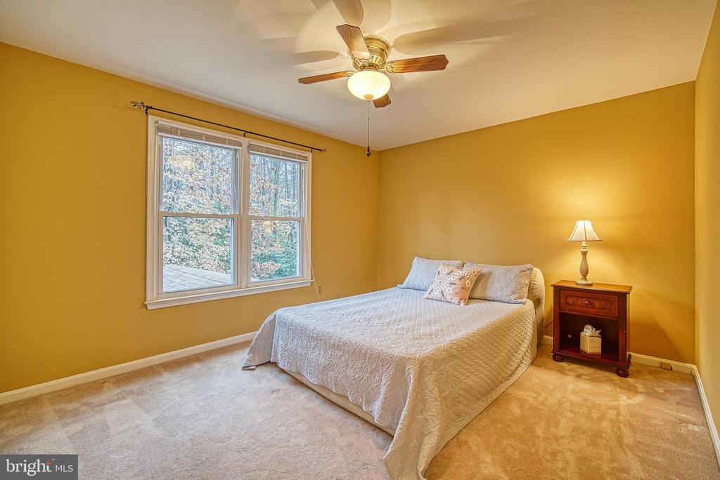 Third bedroom  on upper level - 12204 KNIGHTSBRIDGE DR, WOODBRIDGE