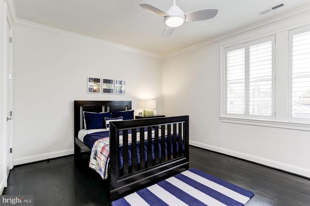 Bedroom Four - 4205 GLENROSE ST, KENSINGTON