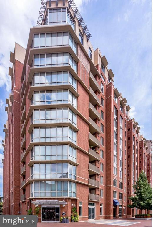 Amazing Building! - 1000 NEW JERSEY AVE SE #606, WASHINGTON