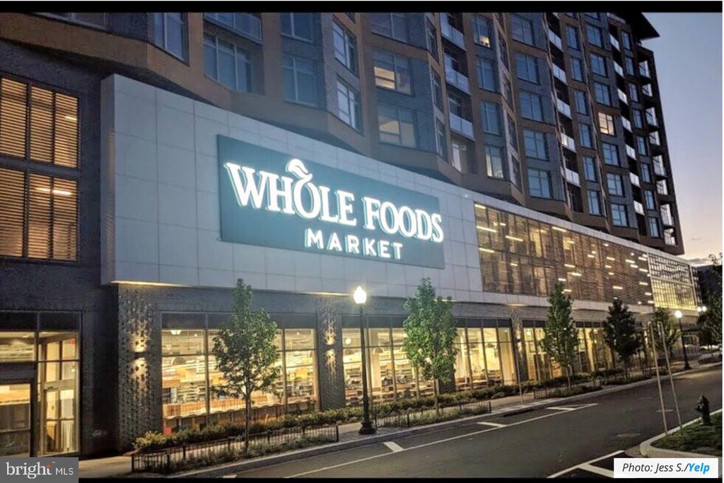 Whole Foods - 1000 NEW JERSEY AVE SE #606, WASHINGTON