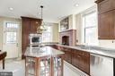 A  gourmet kitchen to serve a feast. - 226 8TH ST SE, WASHINGTON