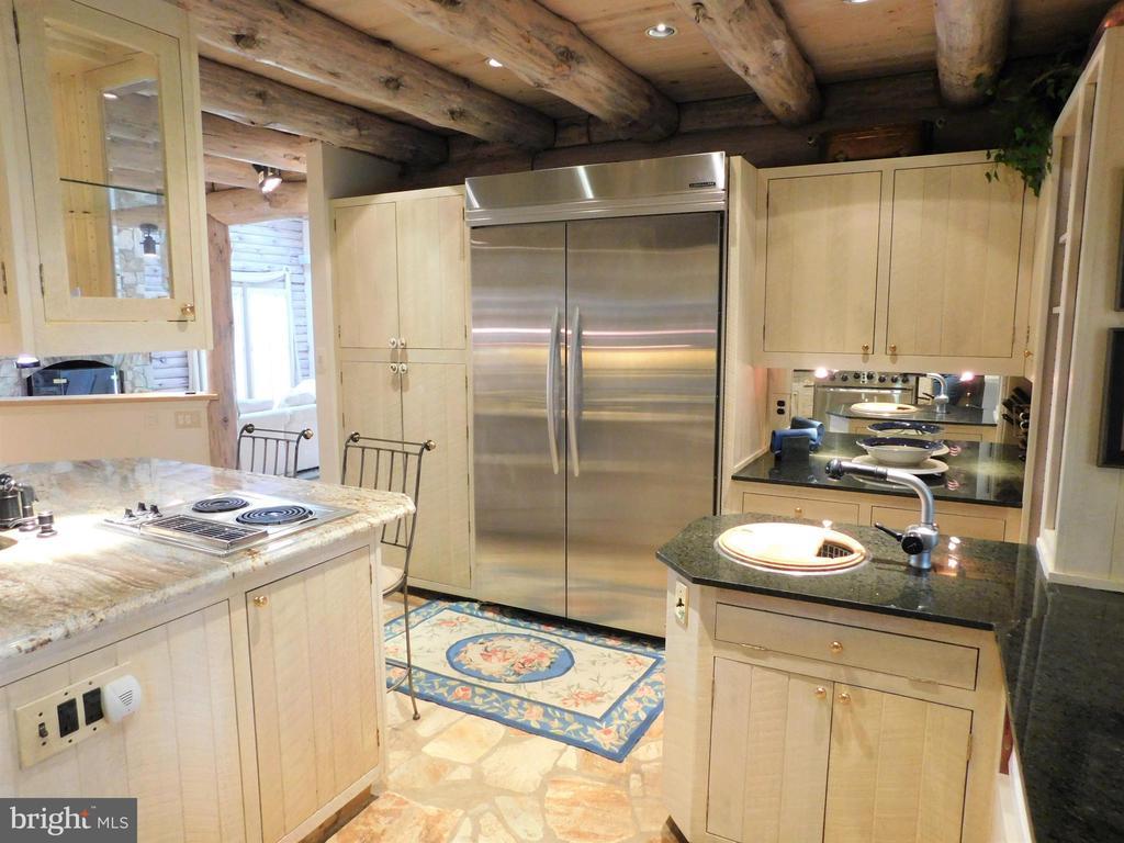 Stainless steel appliances, vegetable wash sink - 11713 WAYNE LN, BUMPASS