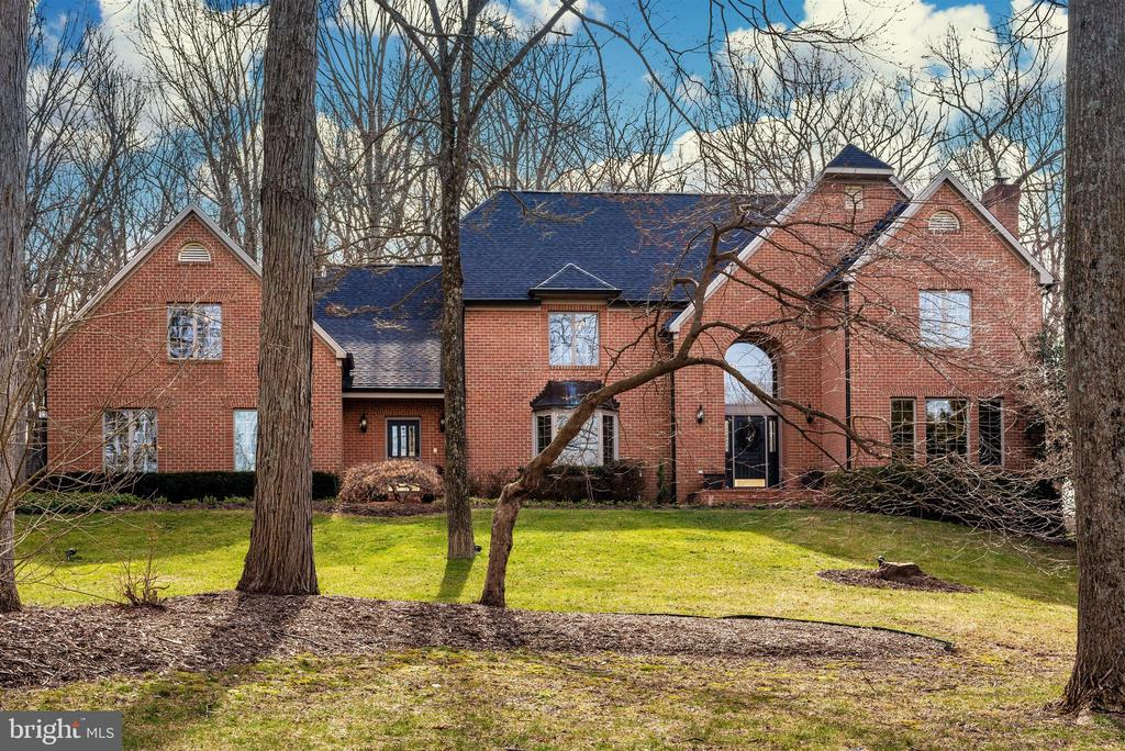 Welcome Home to The Greens! - 5218 MUIRFIELD DR, IJAMSVILLE