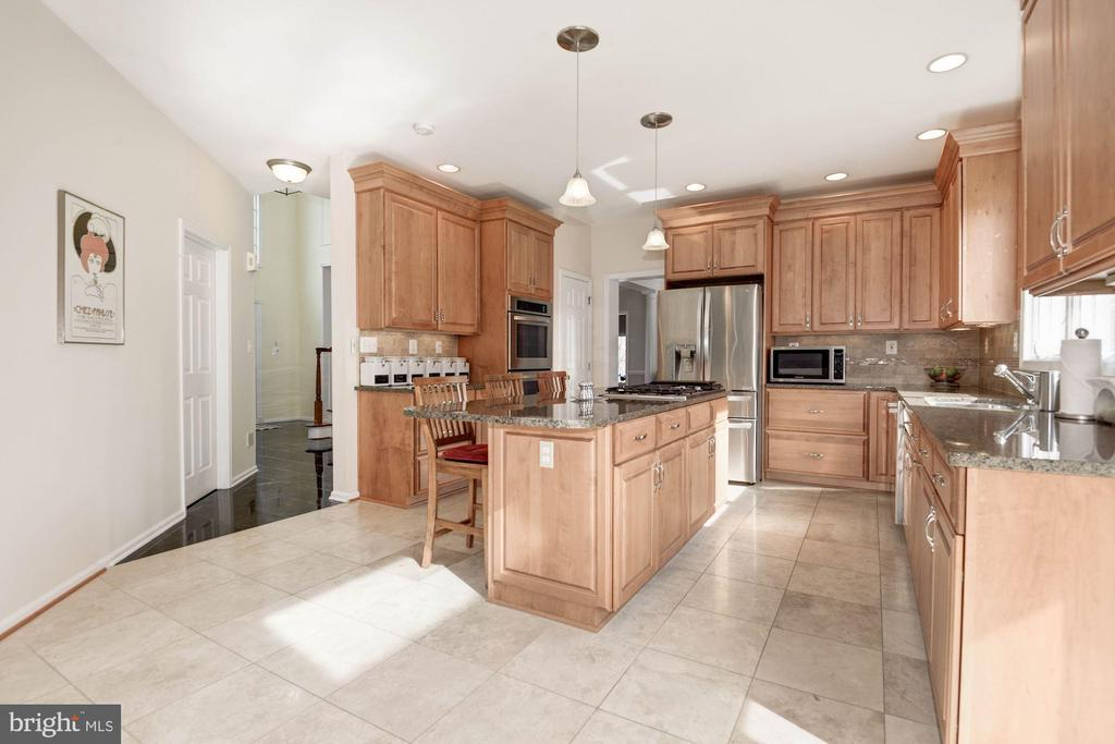Kitchen - 1340 DASHER LN, RESTON