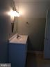 Cottage upper level full bath - 437 WINDWOOD LN, PARIS