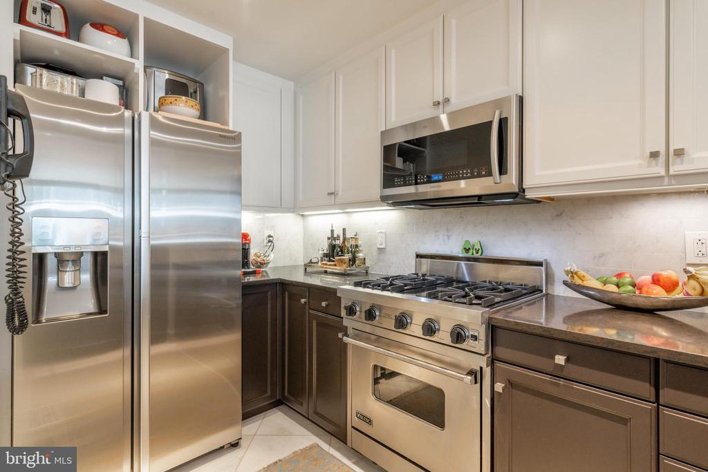 RENOVATED KITCHEN - 1111 23RD ST NW #PH1G, WASHINGTON