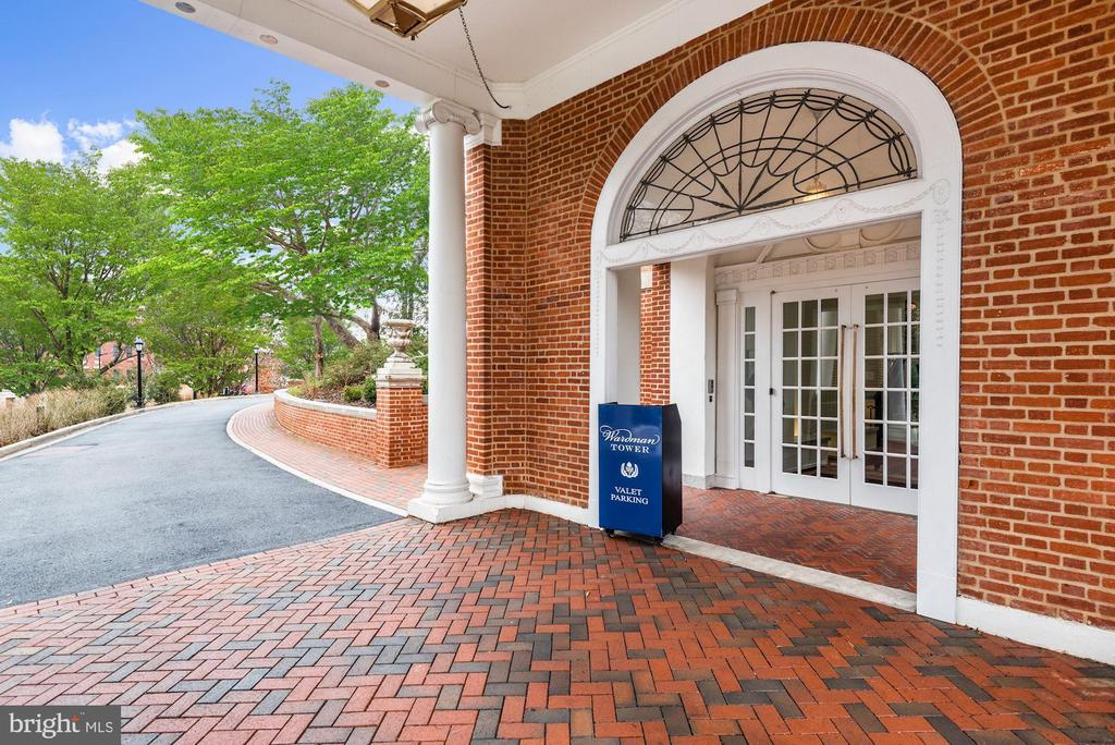 Valet Parking for Owners and Guests - 2660 CONNECTICUT AVE NW #5C, WASHINGTON