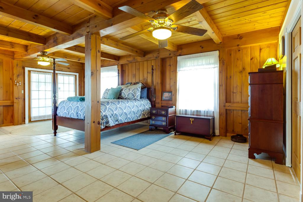 Master Bedroom with water views! - 15798 LANCASTER FARM RD, NEWBURG