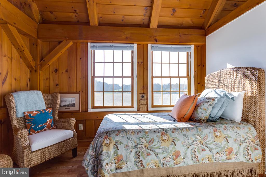 3rd Bedroom on Second Floor - 15798 LANCASTER FARM RD, NEWBURG