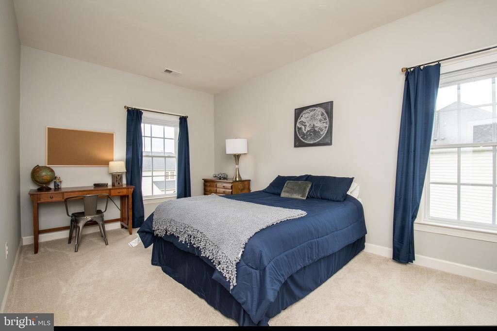 Bedroom 2 - 43168 HASBROUCK LN, LEESBURG