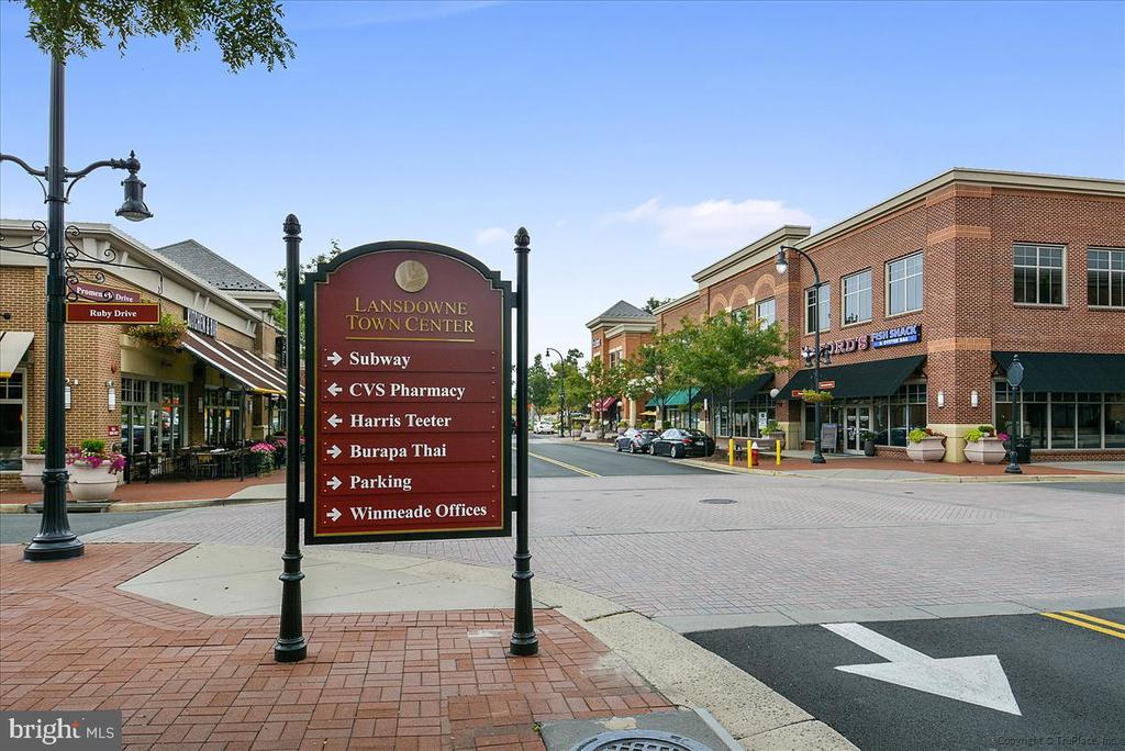 Lansdowne Town Center Restaurants and Shopping - 43168 HASBROUCK LN, LEESBURG