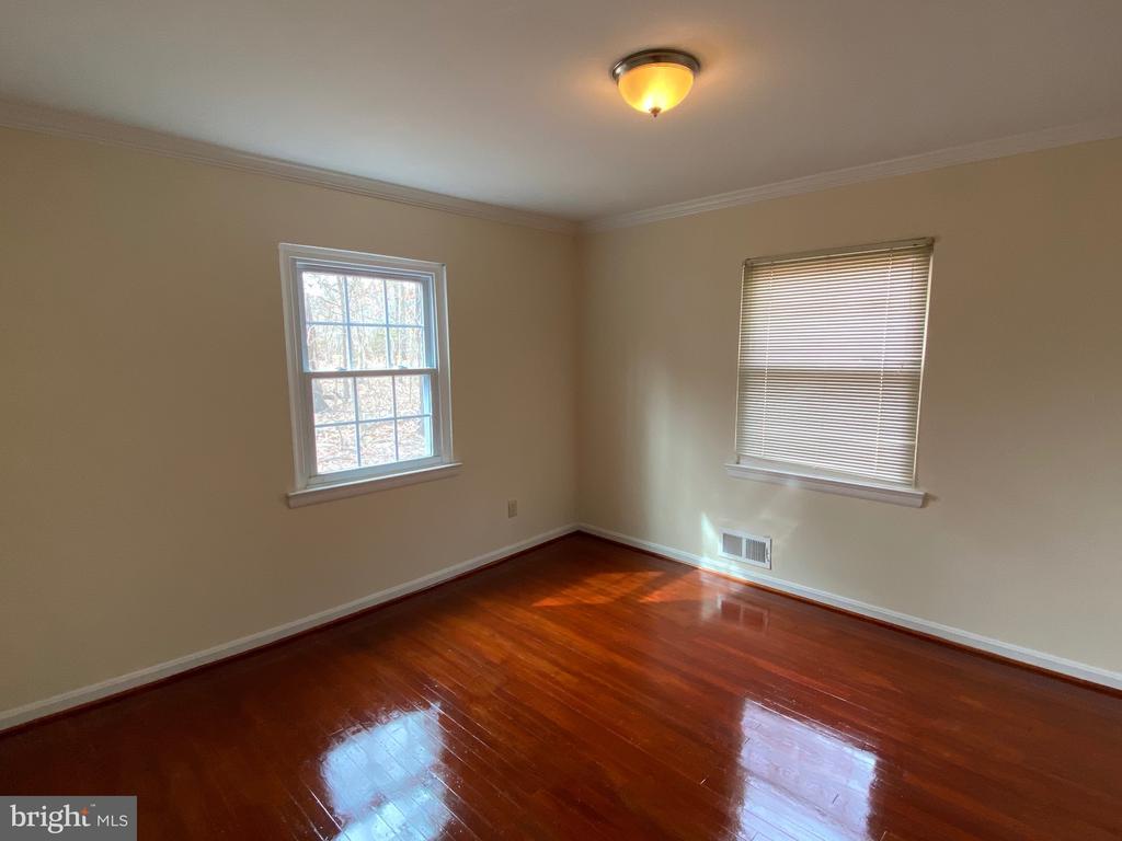 Bedroom 2 - 4335 SHIRLEY GATE RD, FAIRFAX