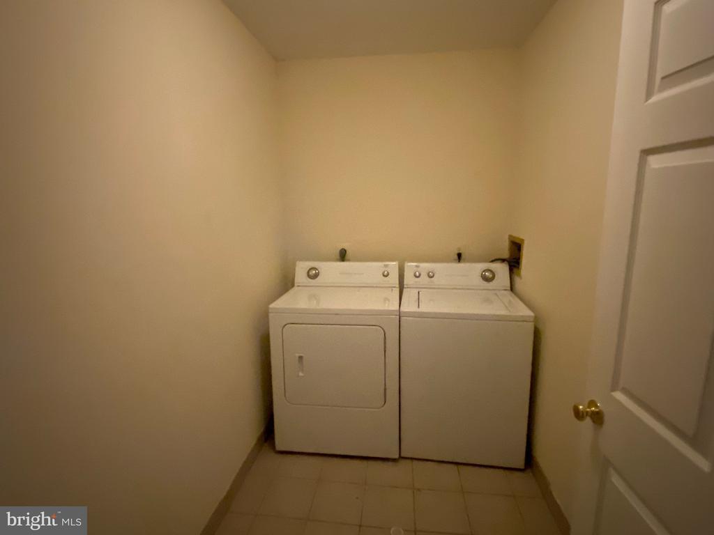 Laundry Room - 4335 SHIRLEY GATE RD, FAIRFAX