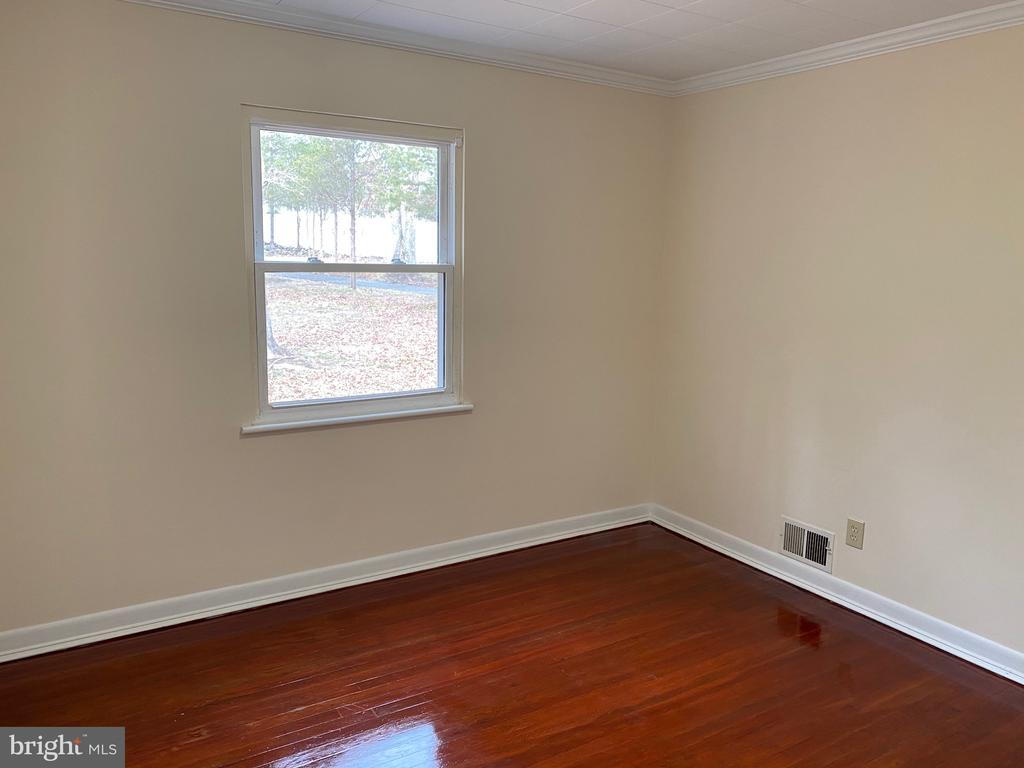 Bedroom 1 - 4335 SHIRLEY GATE RD, FAIRFAX