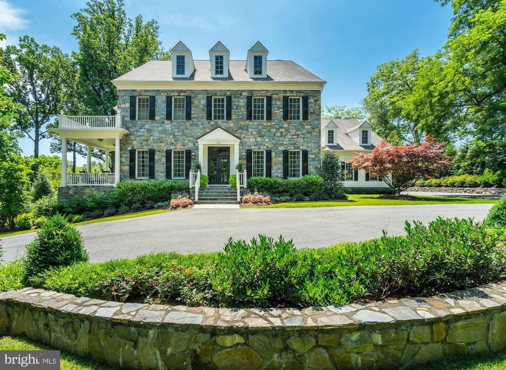 Gorgeous Home~Over $600,000 in Renovations - 8429 BROOK RD, MCLEAN