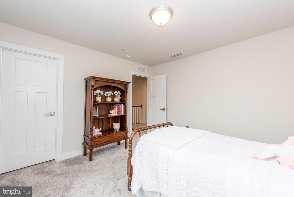 Bedroom 2 - 9689 AMELIA CT, NEW MARKET