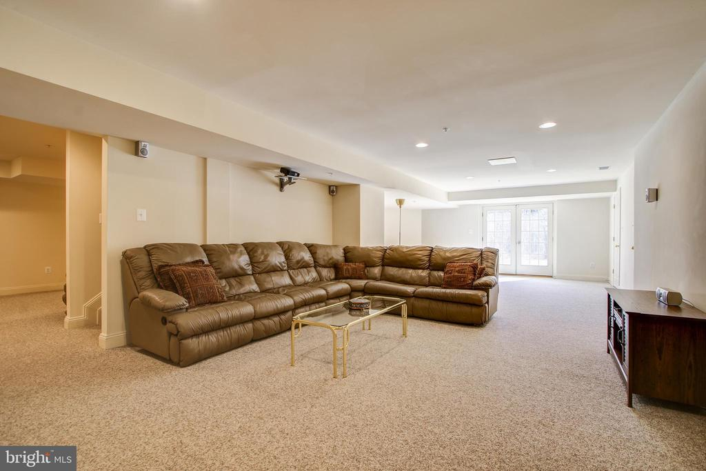 Basement Family Room - 15611 RIDING STABLE RD, LAUREL