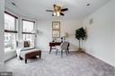 - 917 4TH ST SE, WASHINGTON