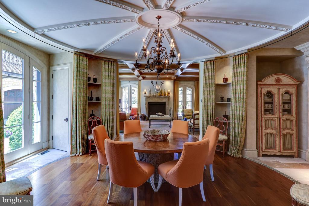 Breakfast Room - 5517 PEMBROKE RD, BETHESDA