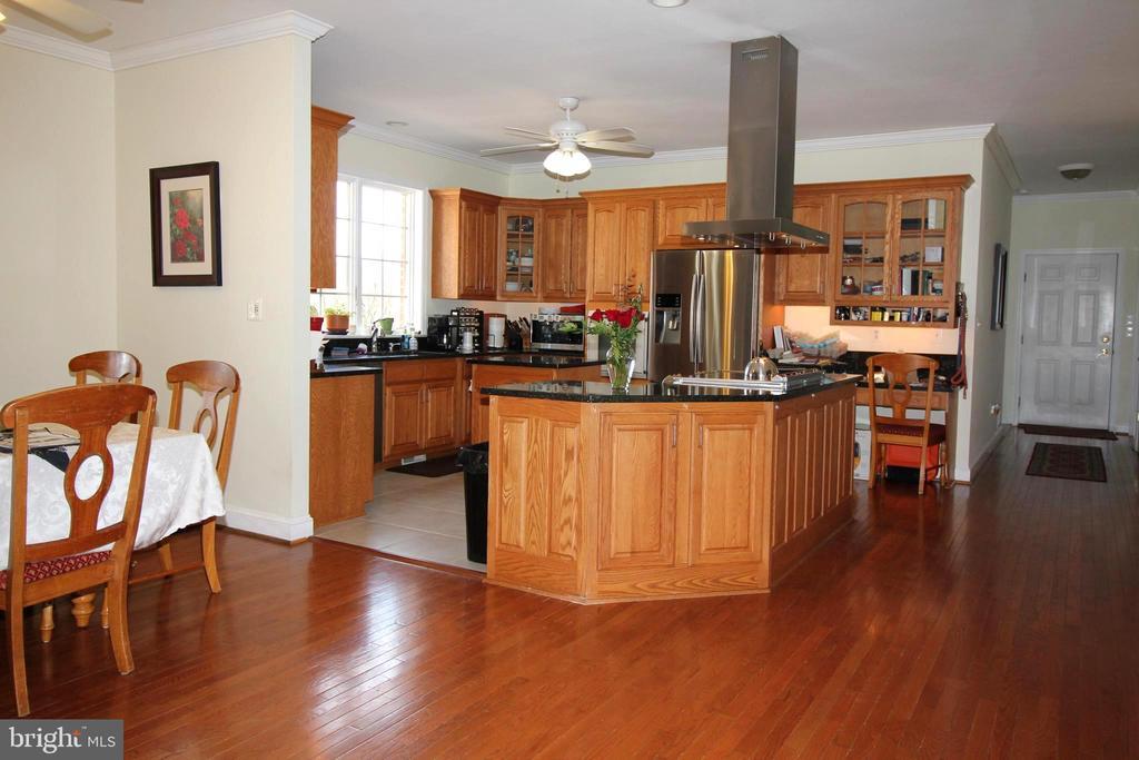 Kitchen - 39520 CHARLES TOWN PIKE, HAMILTON