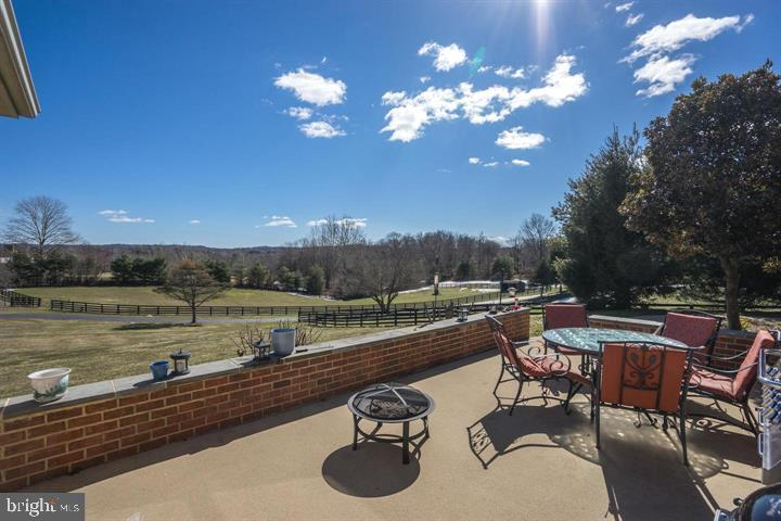 View off patio - 39520 CHARLES TOWN PIKE, HAMILTON